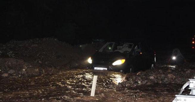 Şiddetli yağmur Mengen'de hayatı felç etti