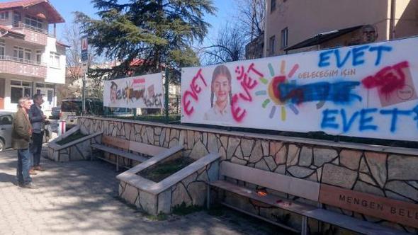 CHP'ninastığı 'hayır' afişi,ikinci kez tahrip edildi