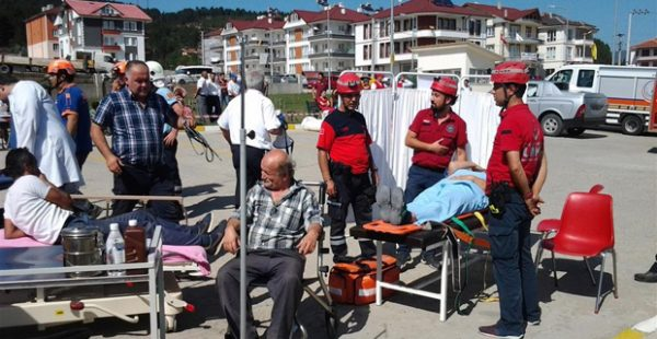 Mengen İlçe Devlet Hastanesi'nde Tatbikat Gerçekleştirildi