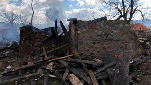 Köyde 4 ev yandı; kundaklama şüphesi var