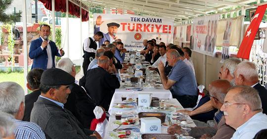 TANJU ÖZCAN MENGEN'DE MUHTARLARLA KAHVALTIDA BİR ARAYA GELDİ
