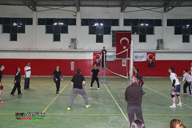 Mengen Belediyesi Voleybol Turnuvası Başladı