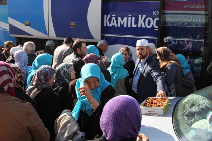 Ümre ziyareti  için kutsal topraklara giden 107 kişilik grup döndü